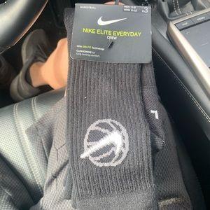 Nike Elite Everyday Crew Basketball Socks